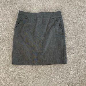 Banana Republic gray pencil skirt size 10